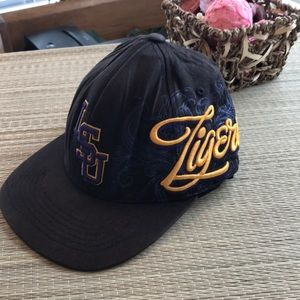 Top of the World S/M LSU Tigers 🐯 baseball cap